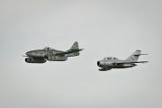 Me-262 a MIG 15